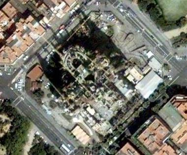sagrada familia su google maps
