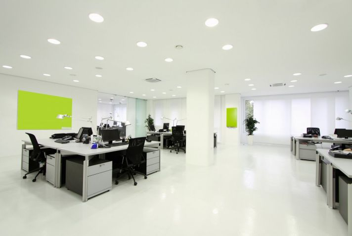 spacious-cool-office-desk-design-with-white-nuance-featured-ceiling-lights-installation-ideas